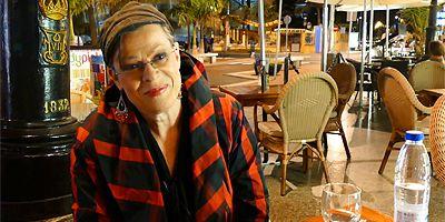 PÄIVI MÄKINEN Edith Piaf -tunnelmissa Gran Canarialla
