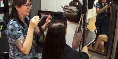 HENKILÖKUVASSA parturi-kampaaja HENNA KOSKINEN/Taika Tattoo, Hair & Piercing (Gran Canaria)