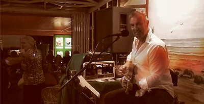 Gary Lithgow - Live ravintola Geminissä (Playa del Ingles,Gran Canaria) -kanariatv.fi