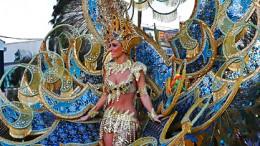 Karnevaaliparaati, Playa del Ingles, Gran Canaria - kanariatv.fi