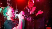 Yllätys synttärisankarille: kutsu lavalle Frederikin kanssa (Iskelmä-Baari, Playa del Ingles) -kanariaTV.fi